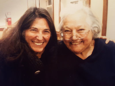 dana-walrath-with-her-mother-alice-in-2013